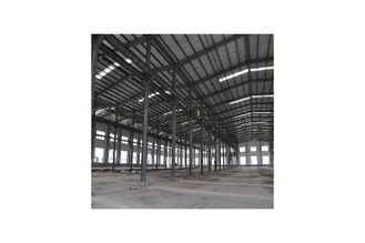 Chine Bâtiments galvanisés d'entrepôt de fabrications d'acier de construction couverts par le panneau de revêtement de mur fournisseur